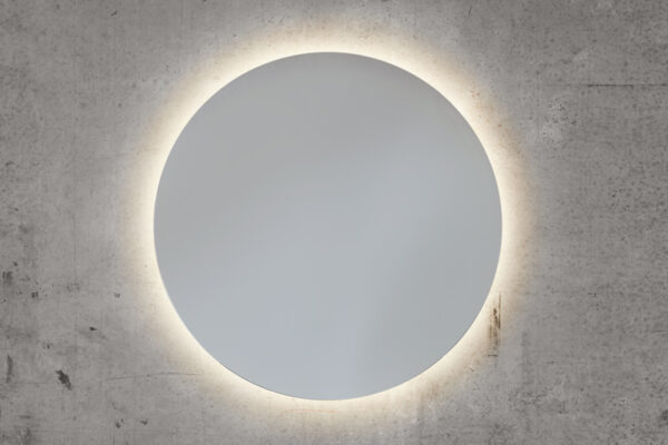 Et flot rundt Back-Light spejl på mål