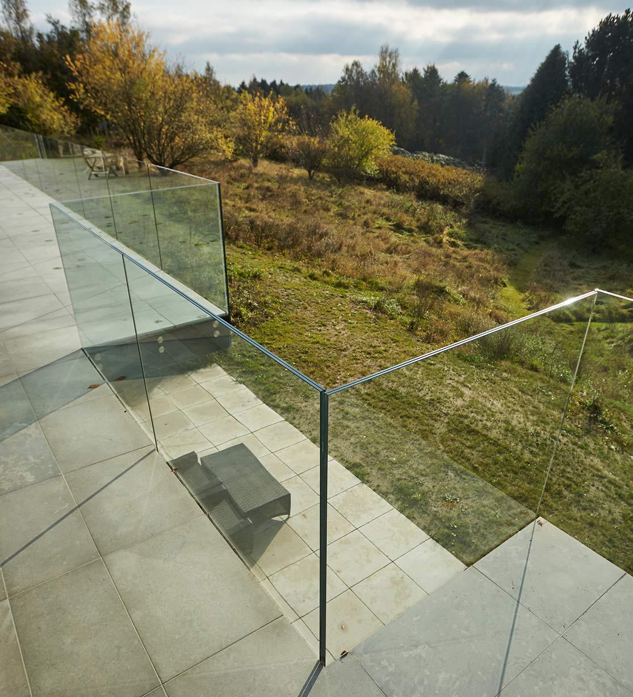 Klar Glasværn til Terrasse